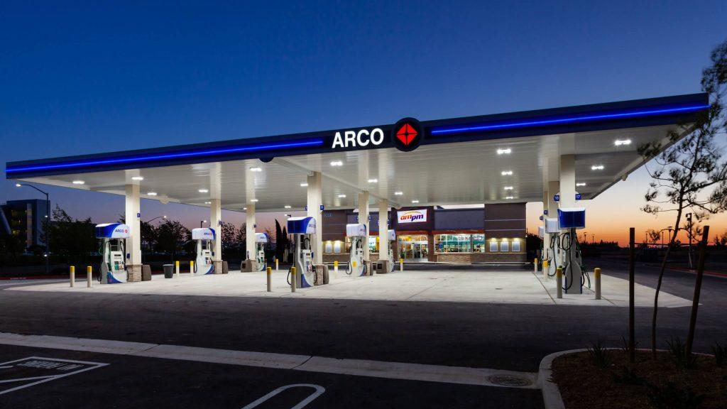 BP ARCO MODESTO - PUMP VIEW